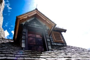 Read more about the article Time for Spring Cleaning: Roofing Edition