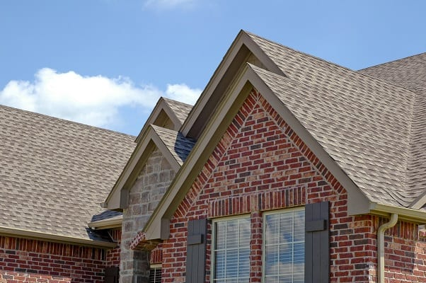 Pros and Cons of the Shingle Roof