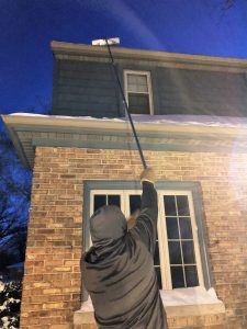 How to Roof Rake
